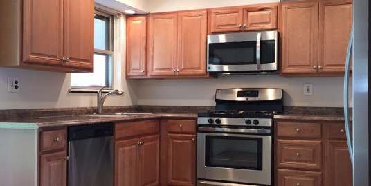 6 HUGE Bedrooms, 2 Bath Home Across Street from Campus Town. WALK to class!