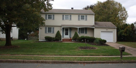 AVAILABLE 6 Bedroom College Rental for TCNJ & Rider Students New Kitchen & Bath