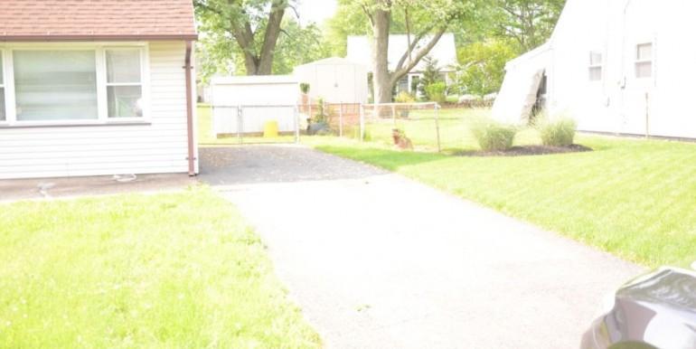 3-walton-driveway-880x440