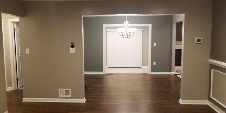 408 Greenway- Living Room 3