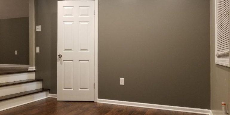 408 Greenway- Master Bedroom (4)