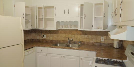 Student welcome Single family 7 beds with 3 baths