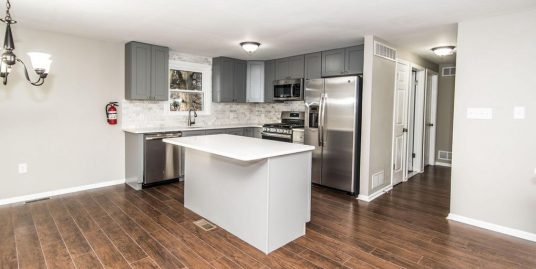 BRAND NEW FULLY RENOVATED HOUSES AVAILABLE 2021-2022! – Sleeps 5