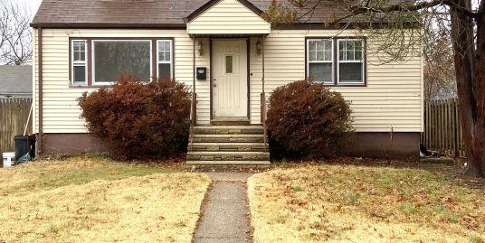 4 Bedroom, 1 bath house for rent close to TCNJ and Rider $2,100/month